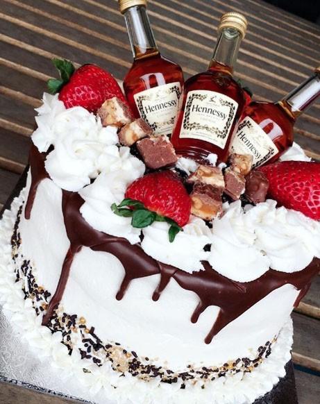 12 Modelos De Tortas De Cumpleaños Especialmente Para Hombres Tortas Especiales