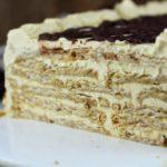 ¿Cómo decorar una torta de crema?